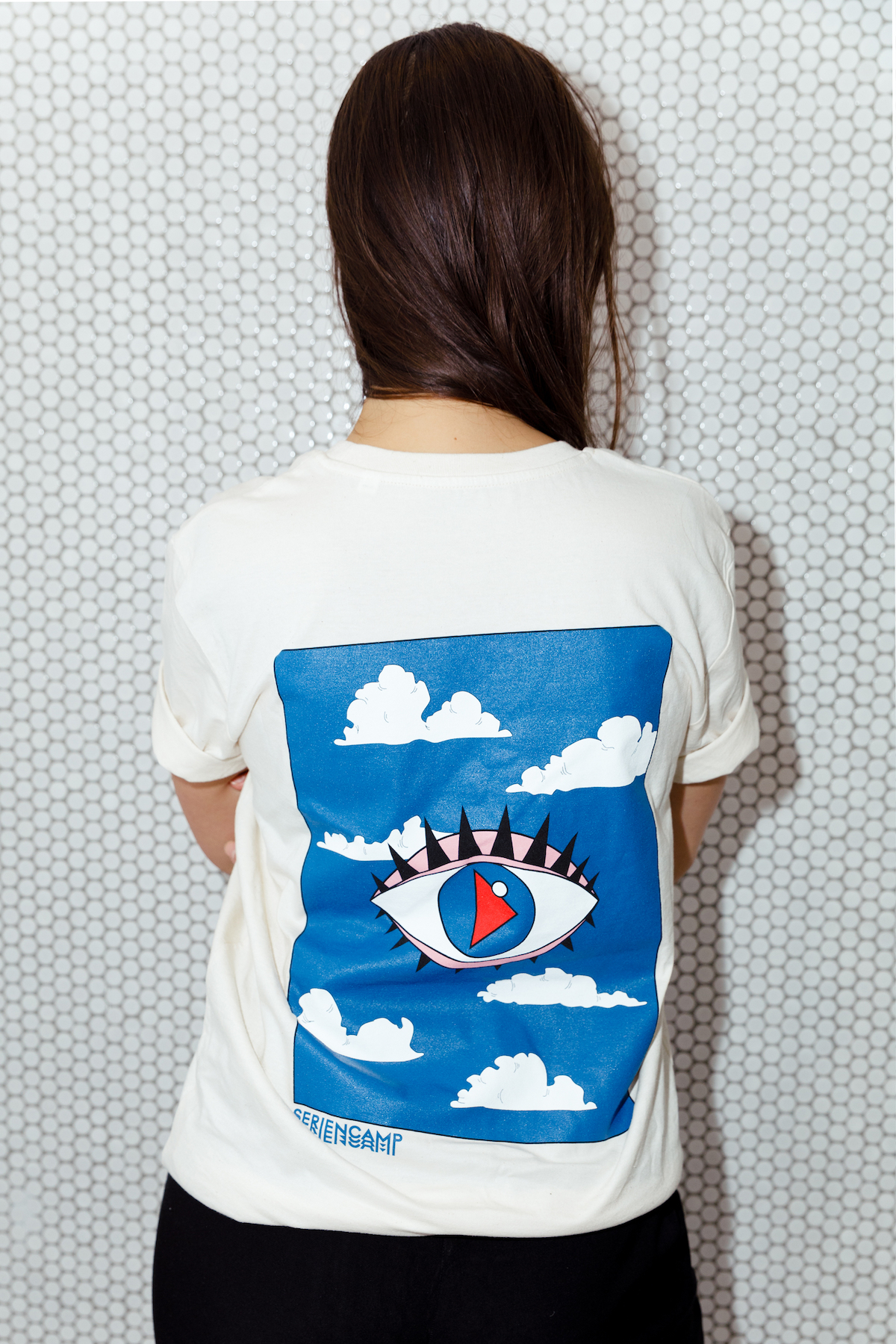 Head In The Clouds Untailliertes Shirt